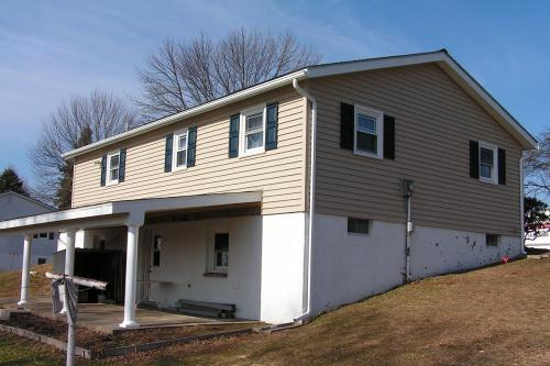 4) SIDING: Bastian siding (4 of 4) - After